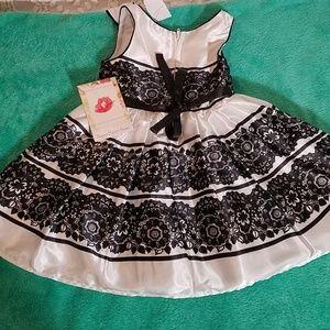 New Girls Sweet Heart Rose Dress 2T